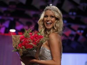 Renae Ayris -Miss Universe Australia 2012 winner